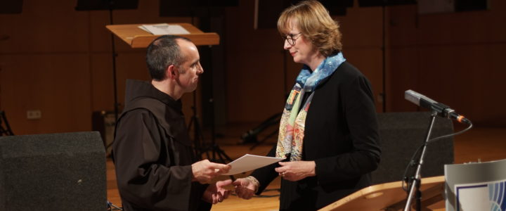 Franziskaner übergeben ihre Schule an eine Stiftung – langjähriger Geschäftsführer der Schule wird verabschiedet